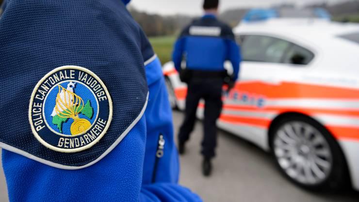 Die Kantonspolizei Waadt konnte den mutmasslichen Täter am Sonntag in der Gemeinde Renens (VD) festnehmen.