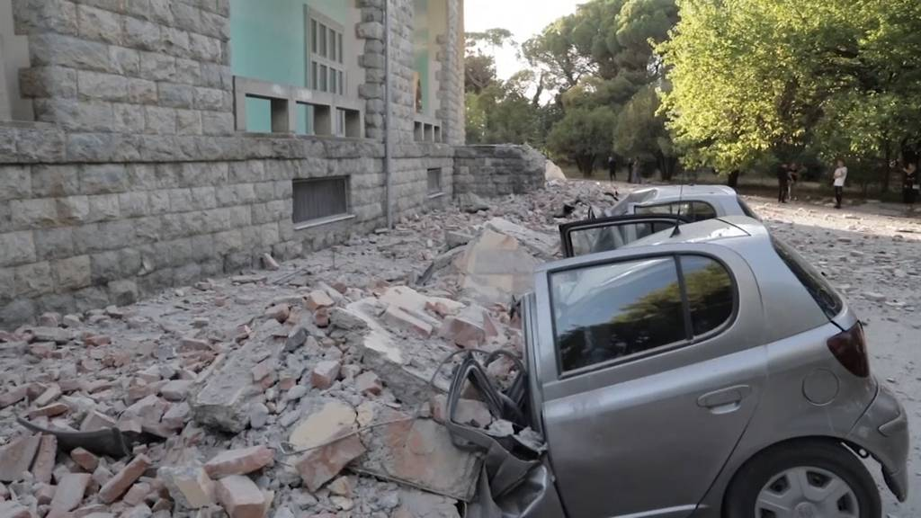 Starkes Erdbeben erschüttert Albanien