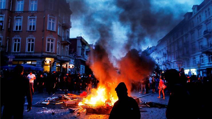 Unser Autor hat lange in Hamburg gelebt und die Autonomen damals von einer anderen Seite kennengelernt, die nichts mehr zu tun hat mit den Demonstrationen vom G-20 Gipfel.