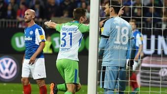 Robin Knoche jubelt nach seinem Siegtreffer gegen Holstein Kiel