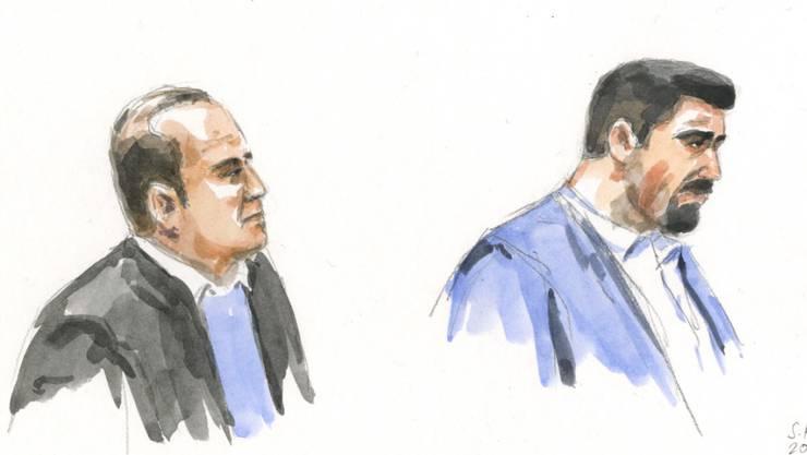 Gerichtszeichnung mit zwei der 14 Angeklagten im grössten und aufwendigsten Prozess in der Thurgauer Strafprozess-Geschichte. Am Montag hat das Kreuzlinger Bezirksgericht die Urteile gefällt.