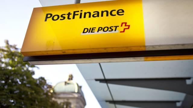 Postfinance könnte ins Visier der Steuerbehörden geraten (Archiv)