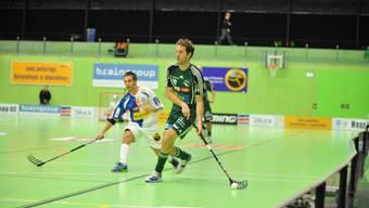 Henrik Quist trift zum 4:0 gegen GC - trotzdem ging die Partie noch verloren.