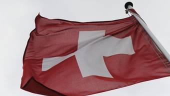 Sozialhilfe ist ein Hindernis für den Schweizer Pass (Symbolbild)