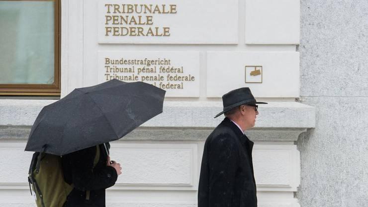 Der Strafverteidiger auf dem Weg zum Bundesstrafgericht (Archivbild)
