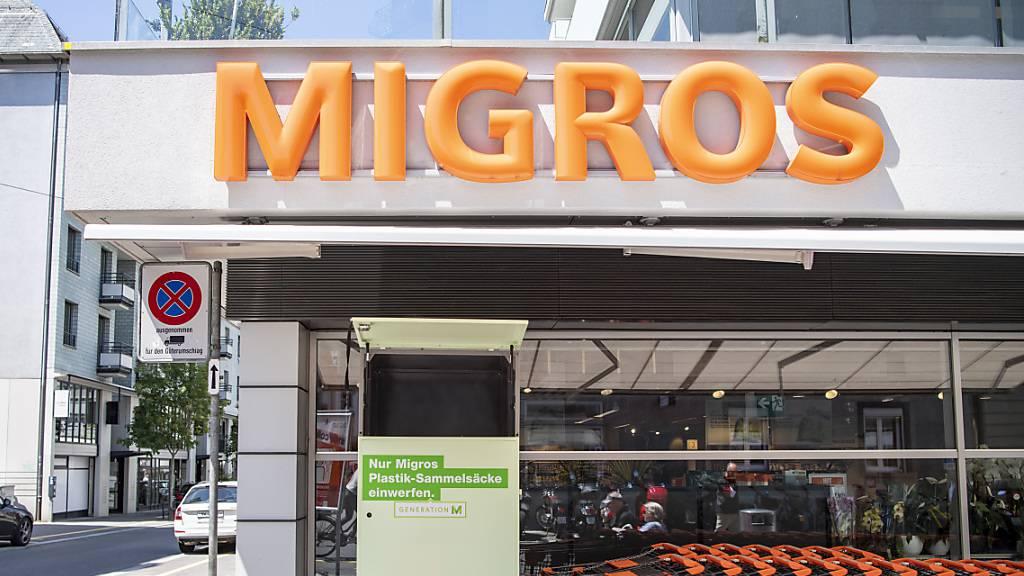 «Jetzt sind wir dran!» findet das Migros-Personal. Filiale Waldstätter in der Stadt Luzern. (Archivbild)