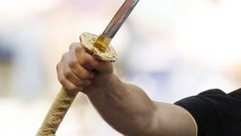 Mann ging mit Samurai-Schwert auf seine Ex-Freundin los (Symbolbild)
