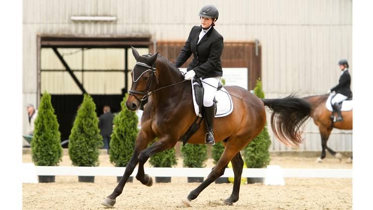 Ein starkes Team: Leonie Gysling und ihr Pferd.