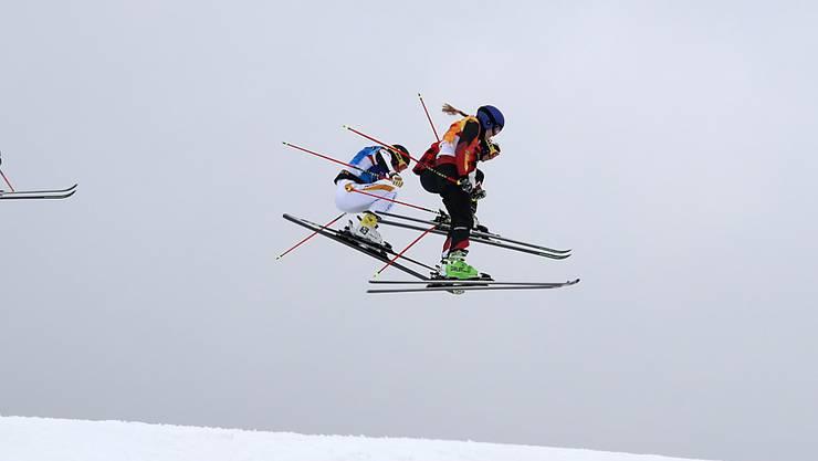 Fanny Smith sicherte sich in einem spektakulären Final Platz 3 und holte für die Schweizer Skicrosserinnen die erste Olympia-Medaille der Geschichte