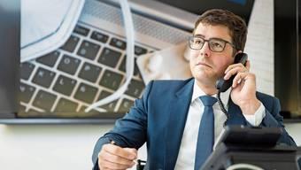 Stephan Fröhlich, Fachanwalt für Arbeitsrecht, war am AZ-Telefon ein gefragter Mann: Er beantwortete kompetent die zahlreichen Fragen aus der Leserschaft.