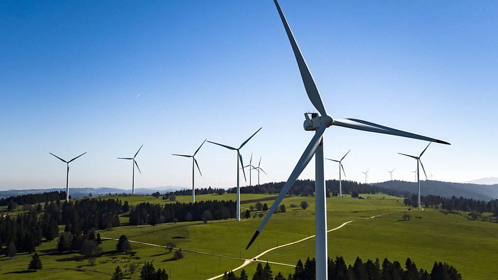 Der Ausbau der Windenergie ist für die Umsetzung der Energieziele in der Schweiz notwendig. Ein Konzept des Bundes soll hierfür die Rahmenbedingungen schaffen. (Themenbild)