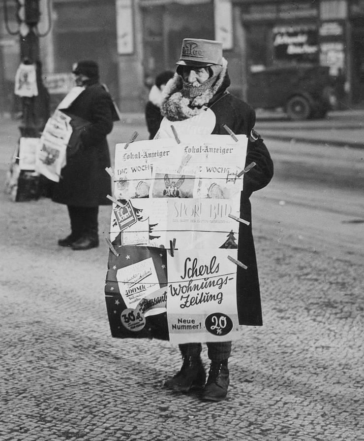 Die ersten 30 Jahre des 20. Jahrhunderts waren wirtschaftliche Krisenjahre, trotzdem wuchsen damals die Zeitungen.