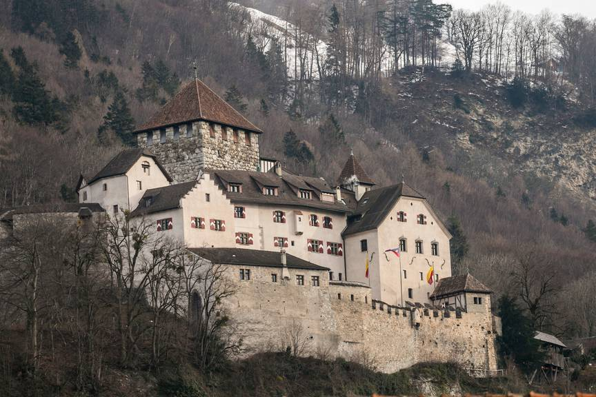 Ein beliebtes Fotomotiv: Das Schloss in Vaduz. (Bild: Jan Hetfleisch/Getty Images)