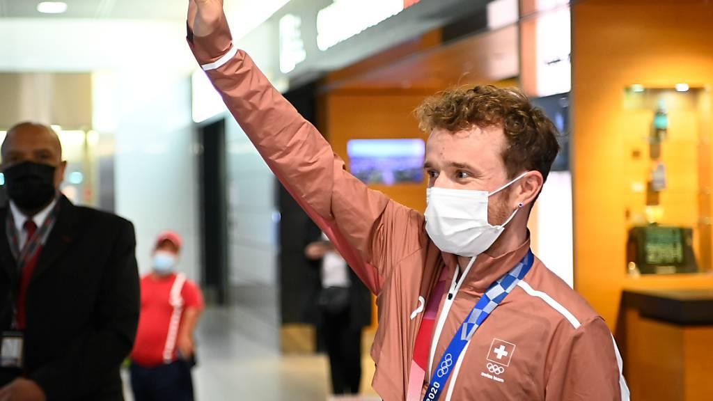 Erster Medaillengewinner zurück in der Schweiz