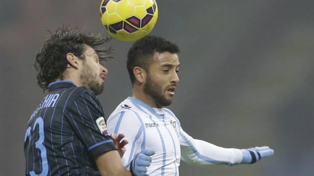 Lazios Doppeltorschütze Anderson (rechts) im Duell mit Ranocchia