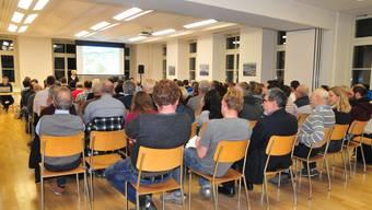 Kinderbetreuung während Gemeindeversammlung in Erlinsbach AG und SO