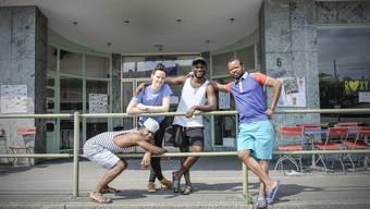Jeannot,Tegan,Michel und Papy nehmen an einem Austauschprojekt im Roxy Birsfelden teil.