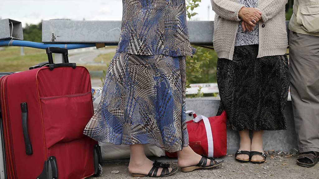 Vorläufig in der Schweiz aufgenommene Personen sollen grundsätzlich nicht reisen dürfen - auch nicht im Schengen-Raum. (Symbolbild)