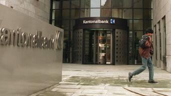 Soll nicht mehr durch die Staatsgarantie geschützt werden, wenn es nach der Aargauer SVP geht: die Aargauische Kantonalbank (Archiv).