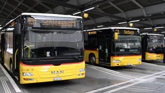 Auch für Postauto brachte das Coronajahr einen Einbruch bei den Passagierzahlen. (Symbolbild)