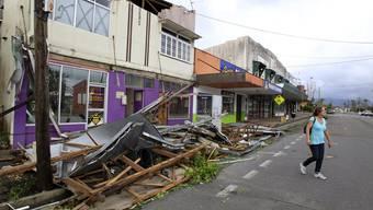 Zyklon «Yasi» hinterlässt Spur der Verwüstung an australischer Küste