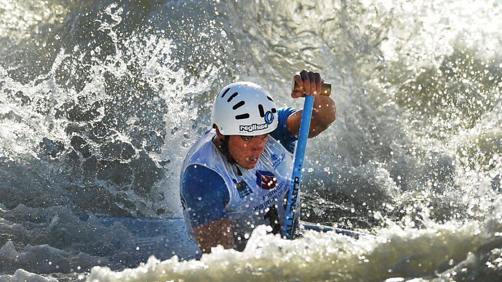 Thomas Koechlin (Bild) und Naemi Brändle hatten in der Qualifikation mit dem wilden Wasser zu kämpfen