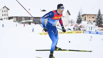 Dario Cologna skatet durch seine Heimat Val Müstair.