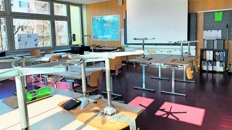 Das Klassenzimmer der 3d ist verwaist.