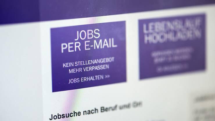 Ist der Top-Spezialist nicht happy: Der nächste Traum-Job ist für eine heiss umworbene Arbeitskraft mit guter Ausbildung nur ein paar Klicks entfernt, z. B. auf der Webseite von Monster.ch. (Archiv)