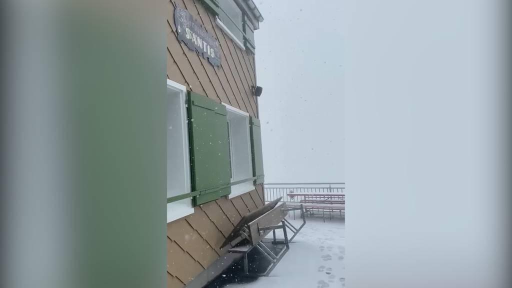 Schnee auf dem Säntis: «Hoffen auf schönen Herbst»