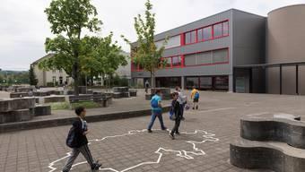 Die Schulanlage Rain in Kleindöttingen soll ab 2018 Bezirksschulstandort sein.Alex Spichale