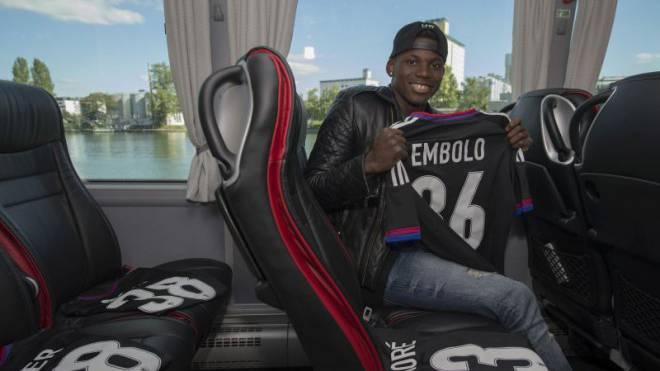 Noch trägt Breel Embolo das Trikot des FC Basel – welches wird sein nächstes sein? Foto: Kefalas/Keystone