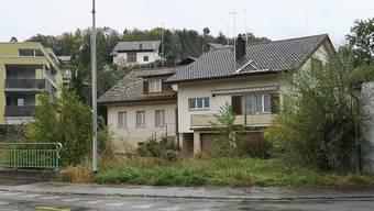 Die beiden Häuser in der MItte müssen dem Neubau weichen.