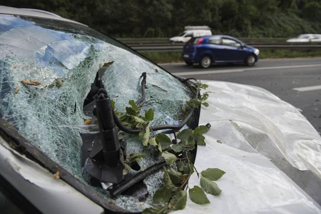 Auch in Hannover tobte Xavier über die Strassen und demolierte zahlreiche Autos.