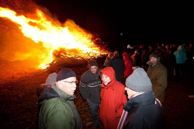 Am Samstag 3. Dezember organisierten die Bettwiler ein Höhenfeuer...