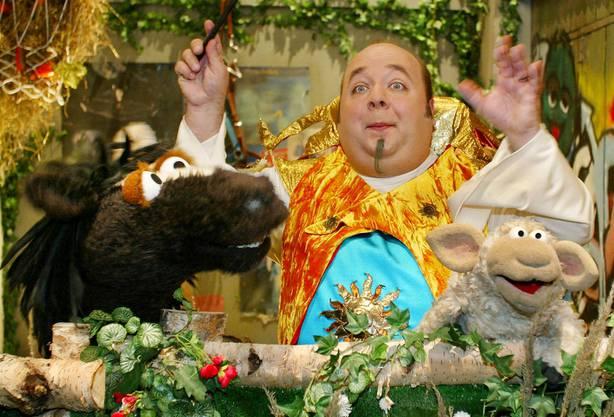 Schauspieler Dirk Bach in der Sesamstrassen-Rolle des kleinen Zauberers Pepe