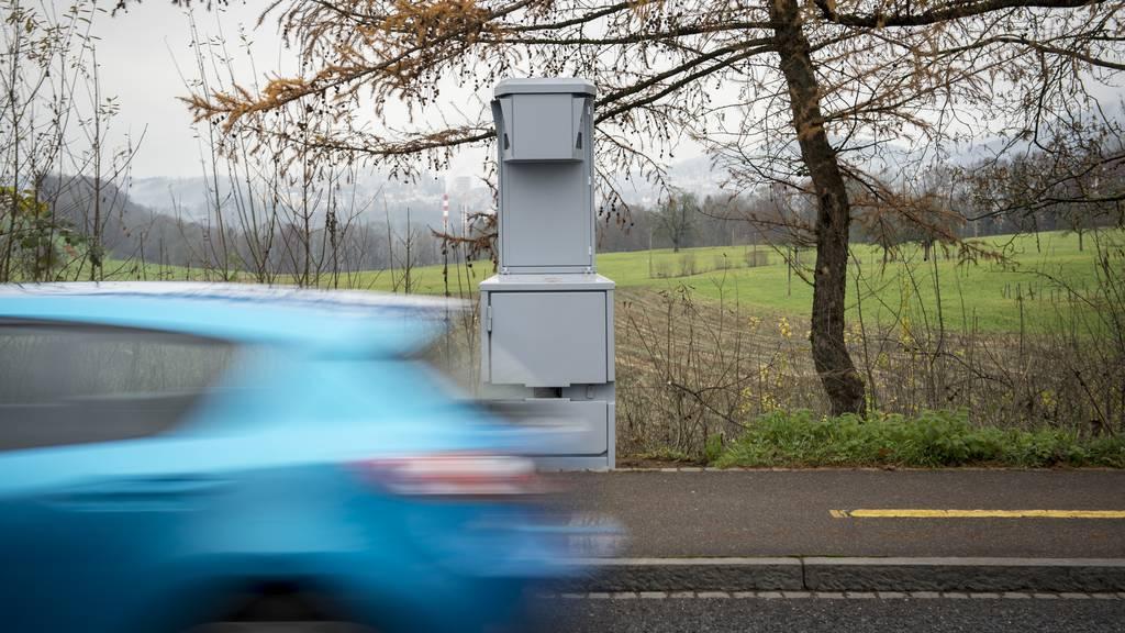 In 50er-Zone: Zwei Lenker mit über 100 km/h geblitzt