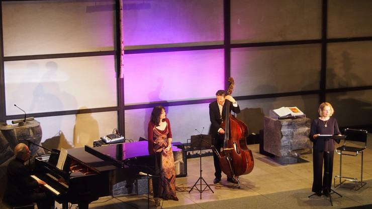 Vera Bauer und Gospel-Trio