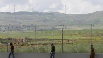 Europas ehemals grösstes Flüchtlingslager in Mineo auf Sizilien soll geschlossen werden. Beim Höhepunkt der Belegung waren dort 4173 Personen untergebracht. (Archivbild)