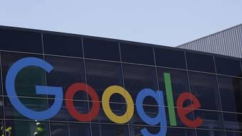Neuseeland erwägt Steuer für Digitalriesen wie Facebook und Google. (Archiv)