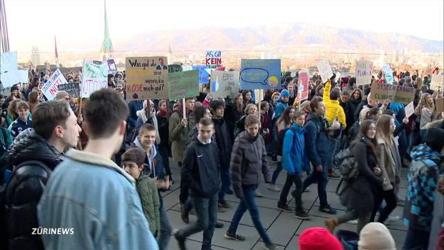 Rund 2000 Schüler schwänzen für das Klima