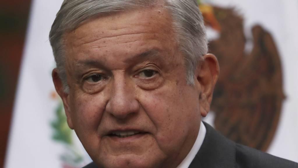 Andres Manuel Lopez Obrador, Präsident von Mexiko, gratuliert Joe Biden nach der Bestätigung durch die Wahlleute zum Sieg der US-Präsidentschaftswahl. Foto: Marco Ugarte/AP/dpa