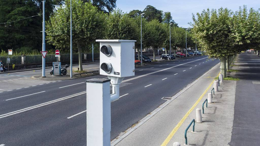 Autofahrer blocht mit 160 km/h durch 80er-Zone