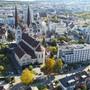 Stadtansicht von Olten mit Martinskirche im Zentrum.