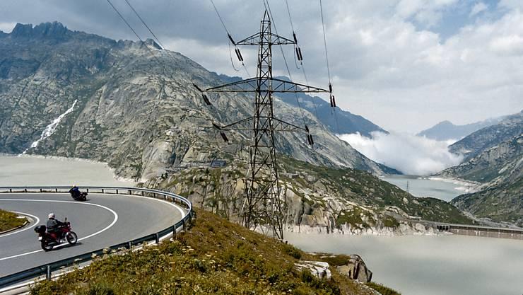 Im Einklang mit der Energiestrategie des Bundes produzieren Schweizer Wasserkraftwerke mehr Strom. (Symbolbild)