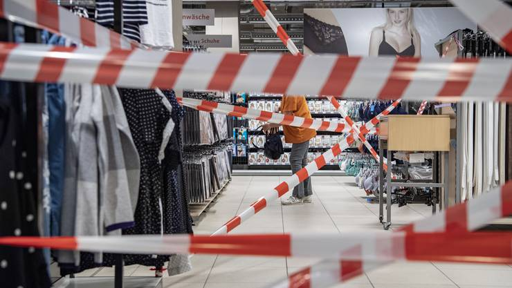 Die Schweizer Wirtschaft könnte die Folgen des sogenannten Lockdowns im November noch einmal zu spüren bekommen. (Symbolbild)