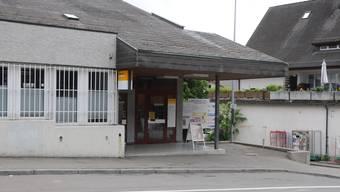 Das Postgebäude in Weiningen, als die Post noch in Betrieb war.