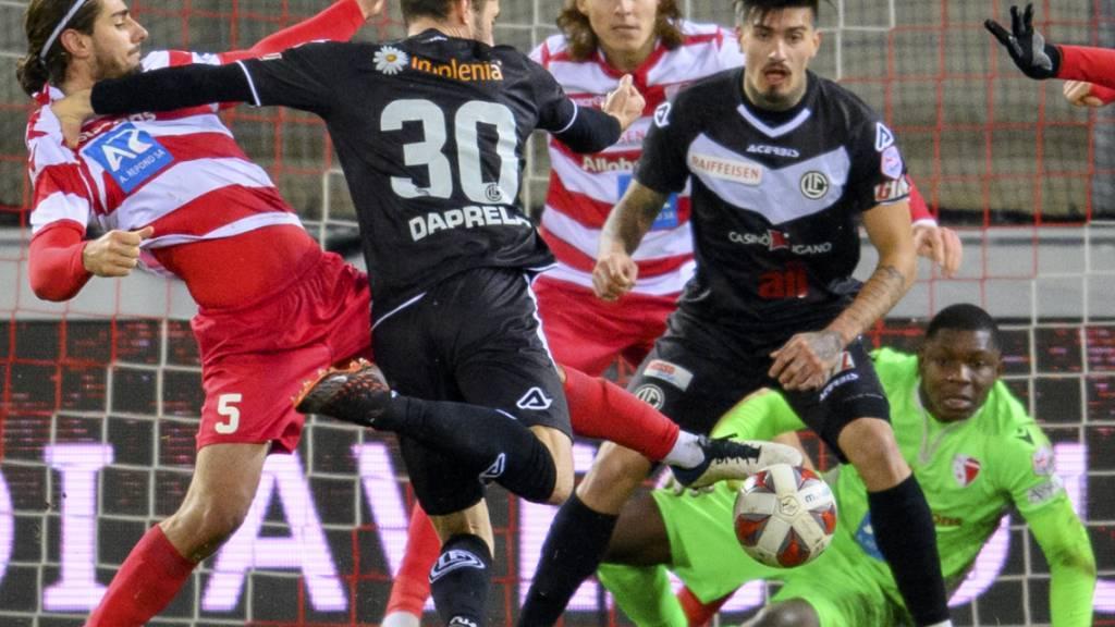 Fabio Daprelà erzielt im Sittener Tourbillon kurz vor Schluss das 1:1 für Lugano