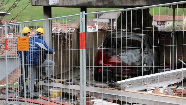 Gansingen: Die Brandruine am Montag