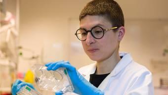 Sie erforscht das Leben in seinen Facetten : Autorin und Biologin Anna Stern.Thomas Hary